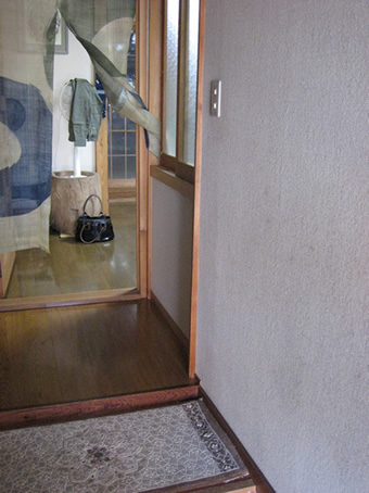 【玄関】段差が気になっていた玄関が・・・