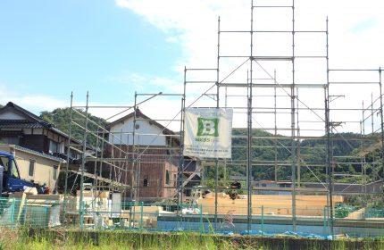 鳥取市円護寺 BESSログ形になってきました